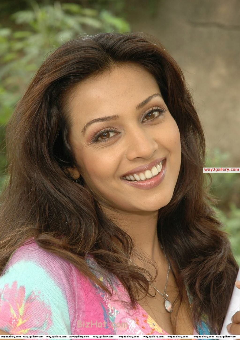 Actress asha saini new images gallery