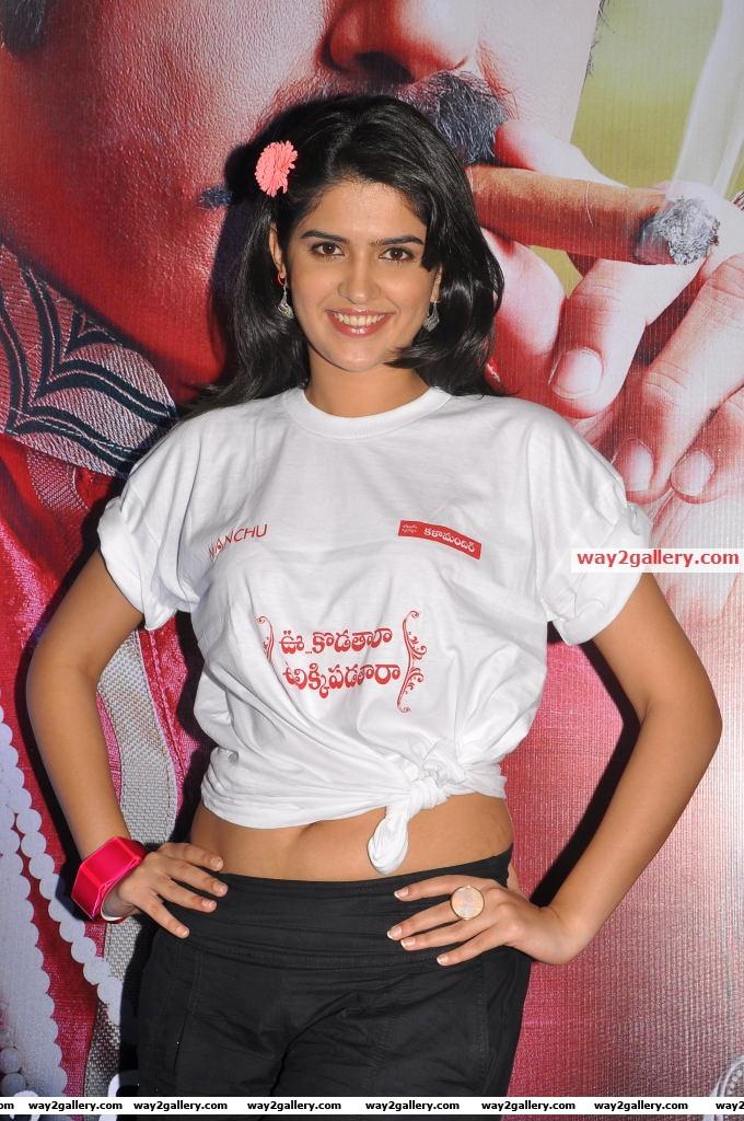 Deeksha seth at inorbit mall ukup promotion