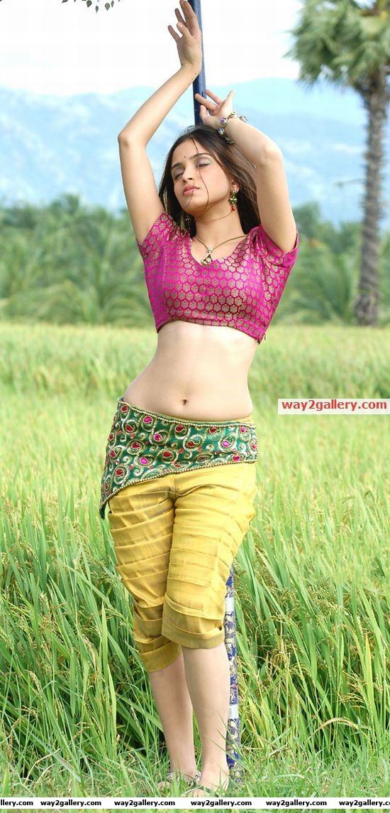 Lovely girl sheena sexy photos