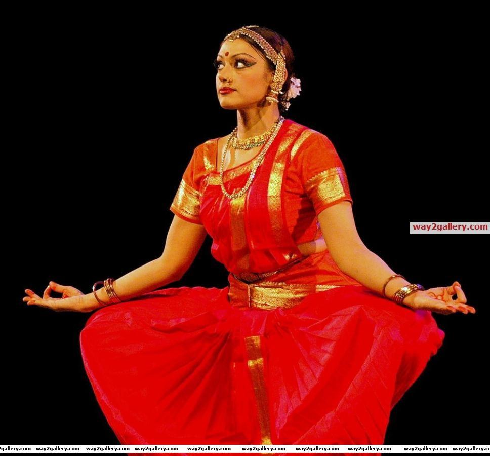 Shobana cultural dance performance photos