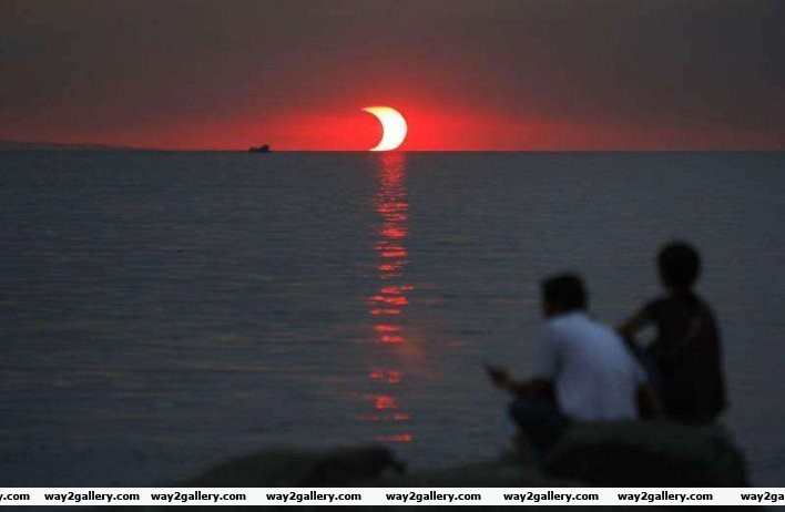 3 sunset and eclipse happening at the same time