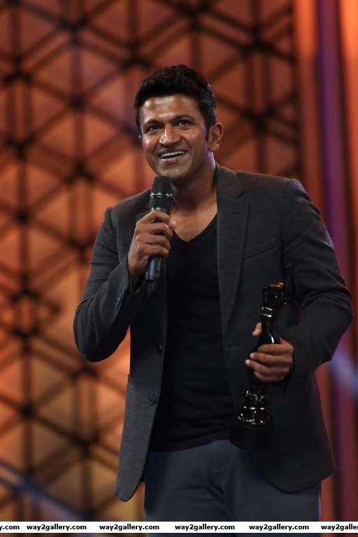 Best actor  kannada winner puneeth rajkumar is all smiles