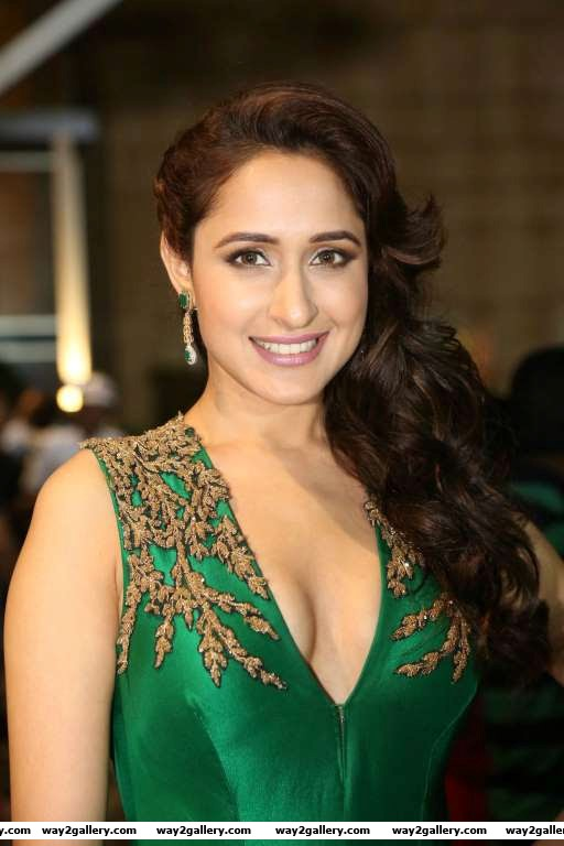Thank u filmfare for the incredible recognition appreciation n honor bestdebutactress dreamsdocometrue humbled said kanche actress pragya jaiswal via twitter