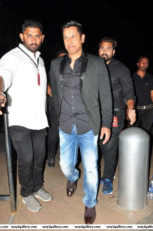 Vikram arrives for rd filmfare awards south