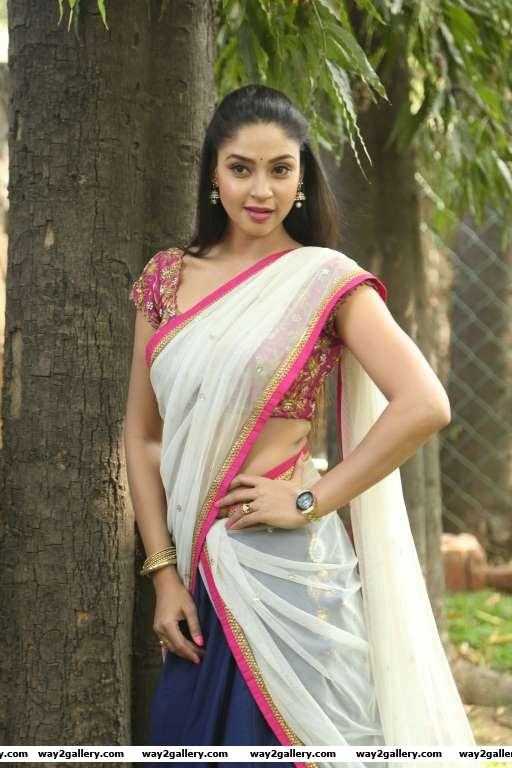 Angana Roy went traditional for the launch of Naatkal