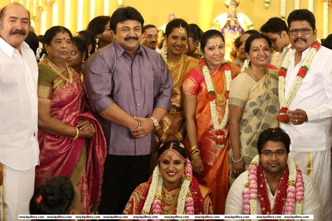 Filmmaker K V Ravikumars daughter Maalica tied the knot with Arjun Krishnan on May