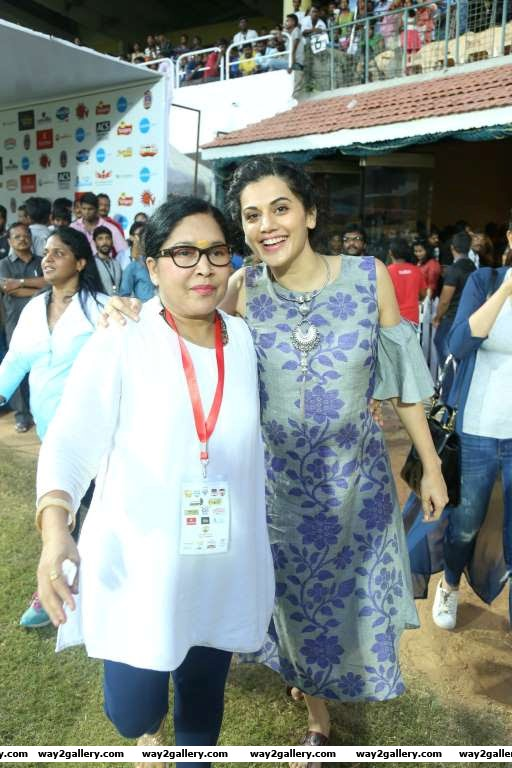 Kovai Sarala and Taapsee Pannu pose for photographers during the Natchathira cricket tournament