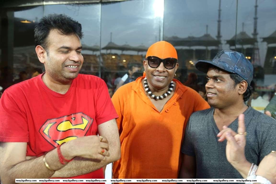 Premgi Amaren Sivamani and Yuvan Shankar Raja lend their support to the Natchathira cricket tournament