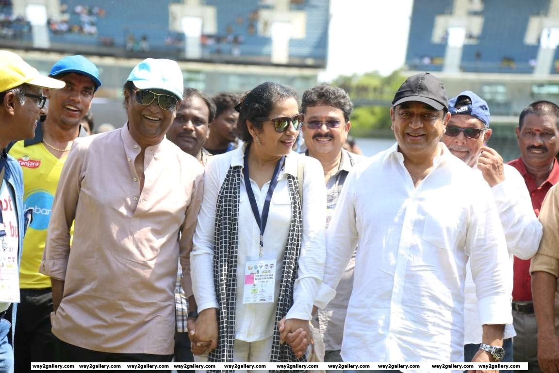Rajinikanth kicked off the Natchathira cricket tournament