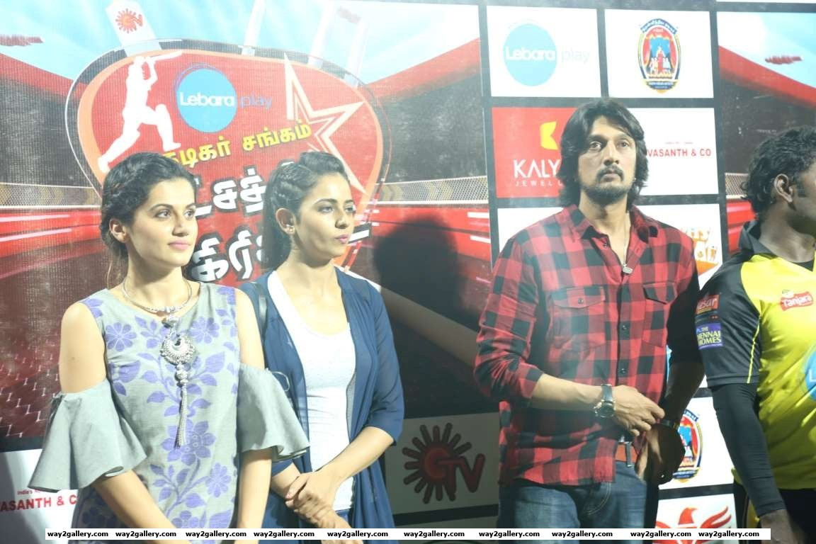 Taapsee Pannu Rakul Preet Singh and Sudeep descended at the Natchathira cricket tournament