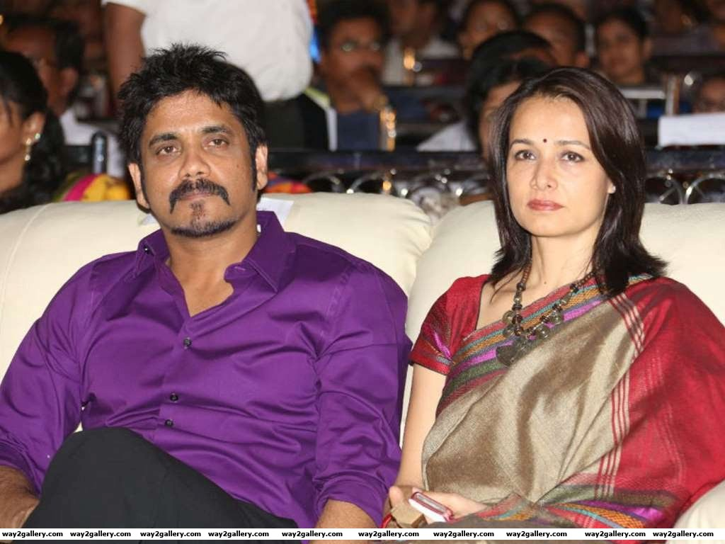 The young Amala worked with Nagarjuna in films like Kirai Dada Siva and Nirnayam They fell in love and Nagarjuna who was married at the time divorced to marry Amala