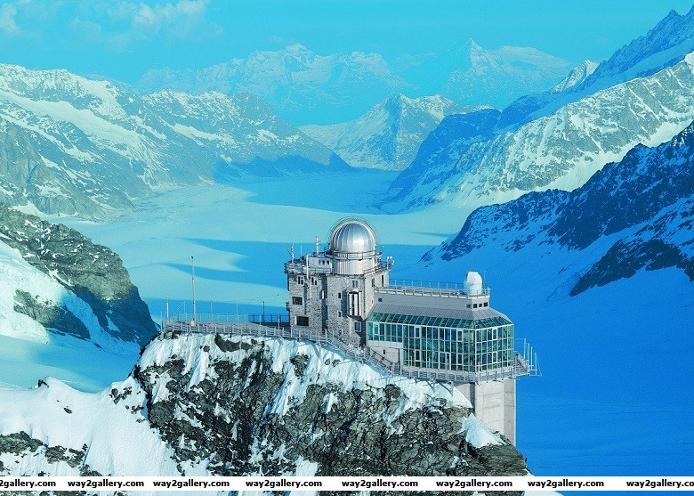 A beautiful photo of the sphinx planetory observatory in switzerland