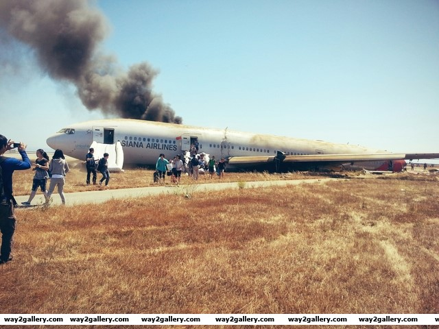 Aftermath of asiana boeing 777 plane crash in san francisco on the 7th june 2013