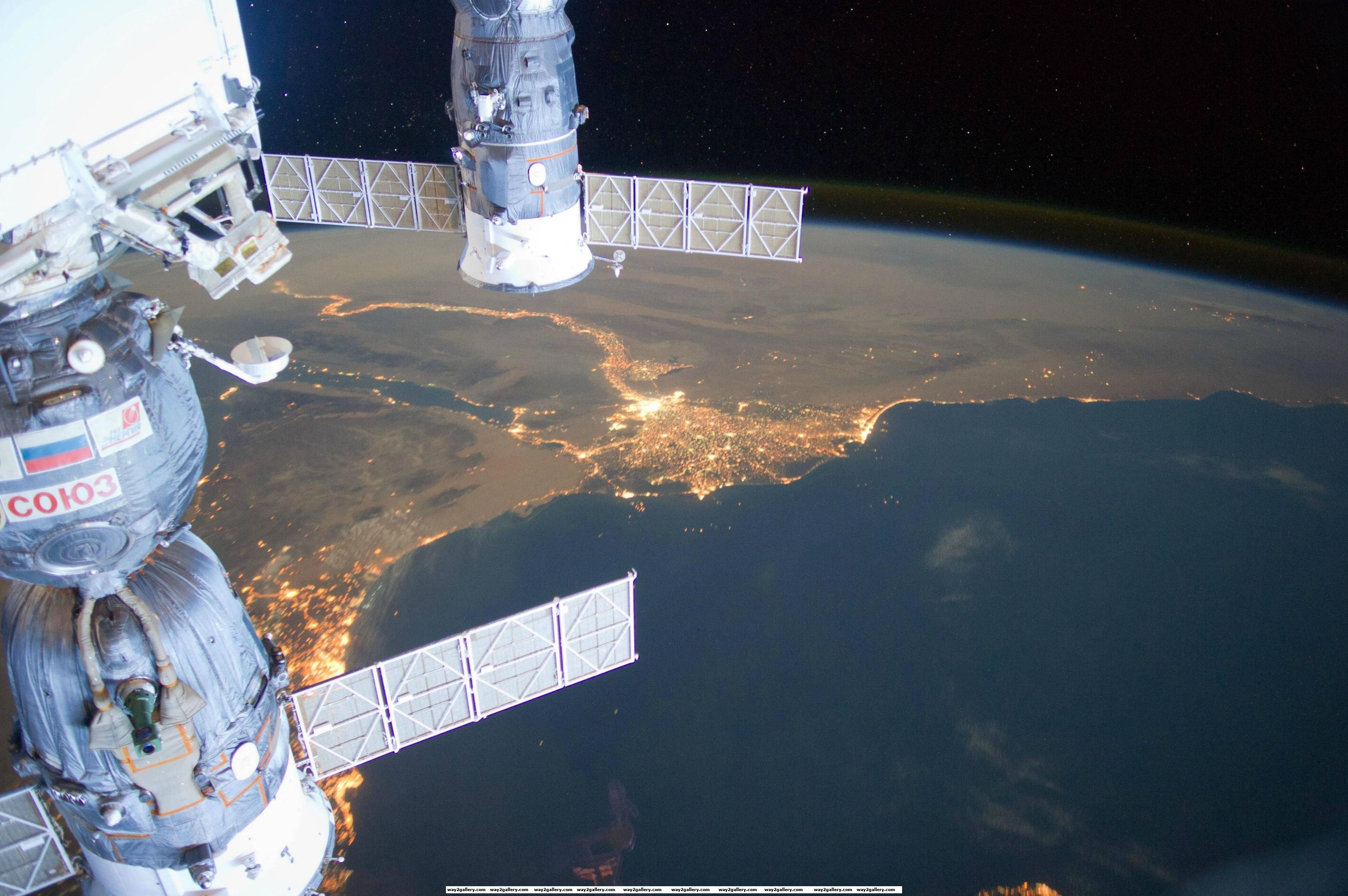 Awesome image of egypt as seen from the international space station
