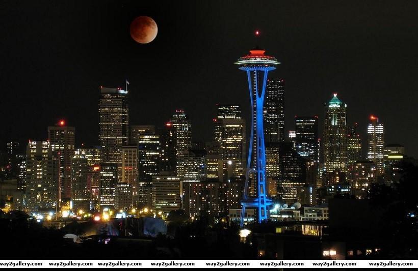 Beautiful photo of the lunar eclipes taken in seattle